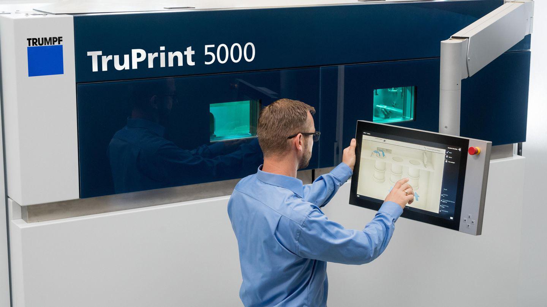 TruPrint 5000 de TRUMPF: automatización y reducción del trabajo manual en la impresión en 3D